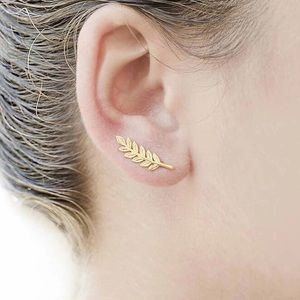 Jewelry - NWT Vintage Gold Leaf Feather Earrings